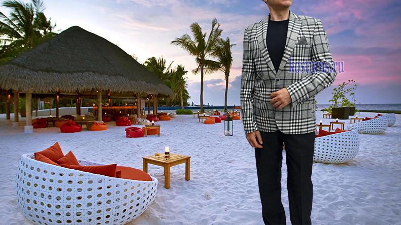 Белый пиджак костюма и в полоску, и в клетку, понравится всем любителям этого стиля